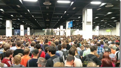 Überfüllter Eingang bei der Gamescom