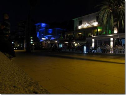 Promenade von Port de Soller bei Nacht